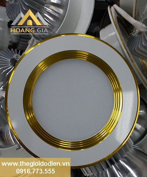 đèn led âm trần 5w 3 màu viền vàng tlc
