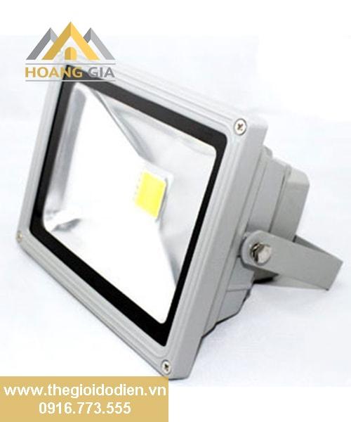 Lựa chọn đèn led chiếu sáng cho nhà xưởng chất lượng tốt nhất