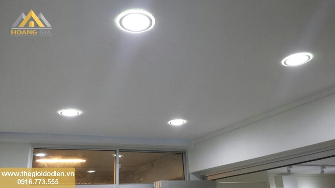 Cần bao nhiêu đèn led âm trần cao cấp chiếu sáng cho các phòng trong ngôi nhà