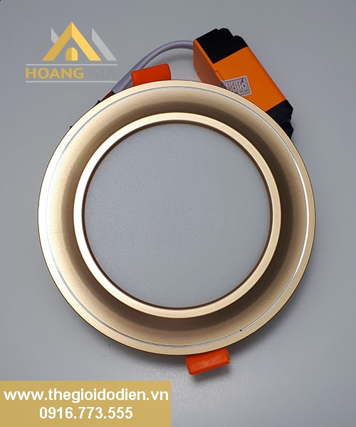 Đèn LED âm trần mặt cong 3 màu viền vàng