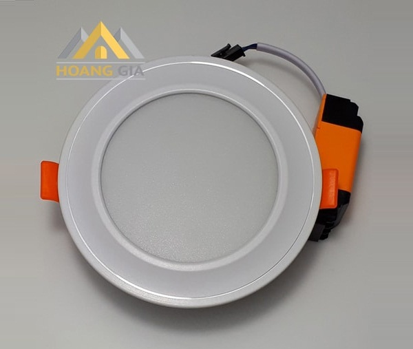 Thiết kế bề mặt cong của đèn led downlight âm trần mặt cong TLC