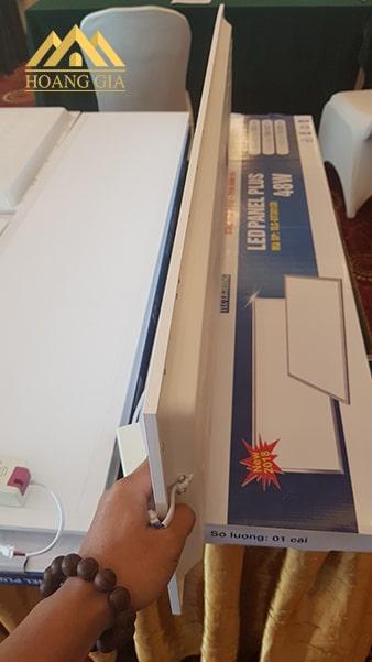 Đèn led Panel tấm 48w chữ nhật có kích thước 300x1200 mm