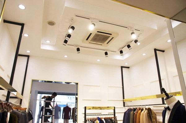 Chọn ánh sáng đèn led rọi thanh ray chiếu sáng showroom, cửa hàng