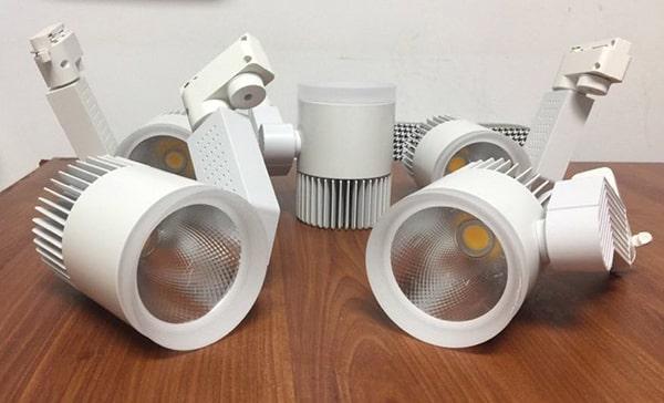 Yêu cầu đèn rọi ray về công suất