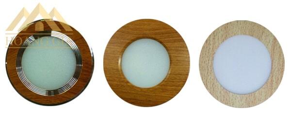 Các mẫu đèn âm trần vân gỗ đặc biệt
