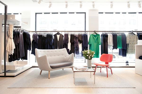 Kinh nghiệm lựa chọnđèn led rọi ray cho shop thời trang cửa hàng quần áo