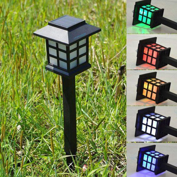 Đèn trụ tường rào thiết kế đơn giản, dễ dàng lắp đặt và di chuyển