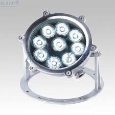 Vỏ đèn led âm nước có độ bền cao khi ngâm ở dưới nước