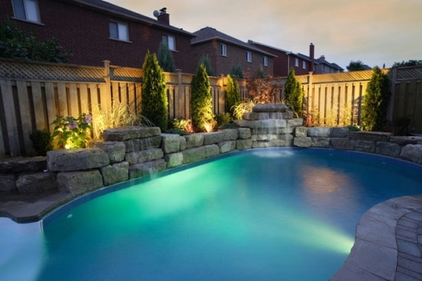 Thiết kế hệ thống đèn led cho bể bơi gia đình