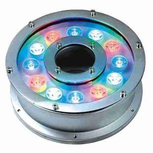 Đèn led chiếu sáng dưới nước dạng bánh xe có hai loại màu sắc ánh sáng là đơn màu và đổi màu