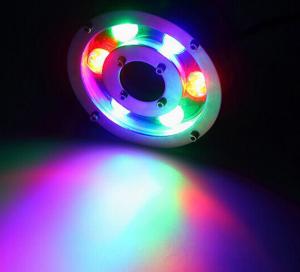 Đèn led gắn dưới nước nhiều màu được khách hàng rất yêu thích vì có thể chọn được nhiều hiệu ứng ánh sáng