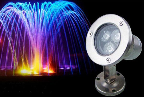 Đèn led gắn dưới nước có thiết kế tinh tế, phù hợp với nhiều không gian ngoài trời