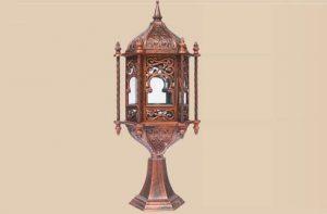 Đèn trang trí trụ cổng phong cách cố điển giúp không gian ngôi nhà trở lên sang trọng và đẳng cấp hơn