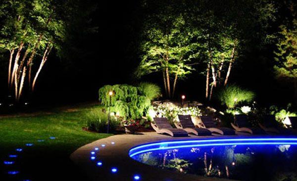 Đèn led gắn dưới nước có công suất 6w, 9w hợp với những không gian nhỏ trong các gia đình cần nhu cầu ánh sáng vừa đủ