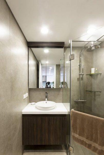 Phòng tắm chung cư dùng đèn led âm trần siêu mỏng