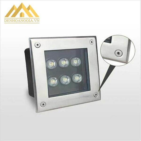 Mặt đèn âm đất - âm sàn được làm bằng kính cường lực và inox cao cấp, cố định bằng các ốc vít chống gỉ