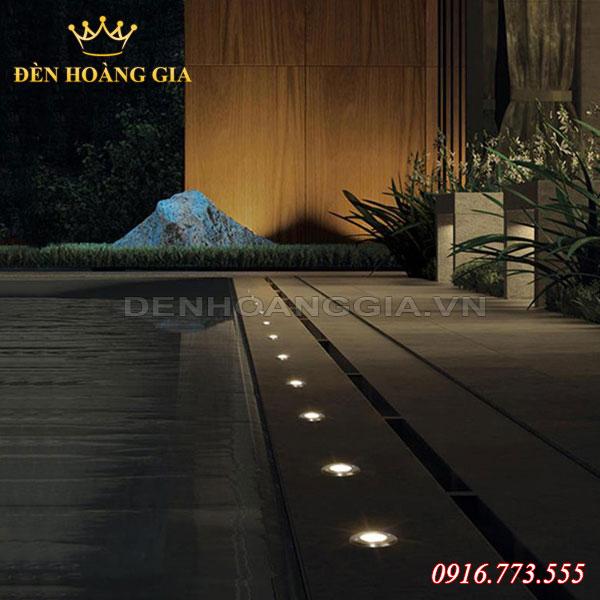 Để lắp đèn âm sàn bê tông cần chuẩn bị lỗ chờ ngay từ khi thi công công trình