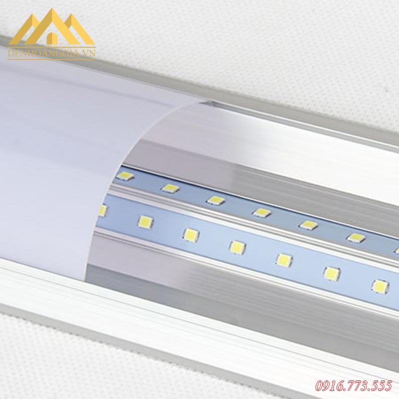 Đèn tuýp led bán nguyệt được thiết kế sử dụng hai hàng mắt led