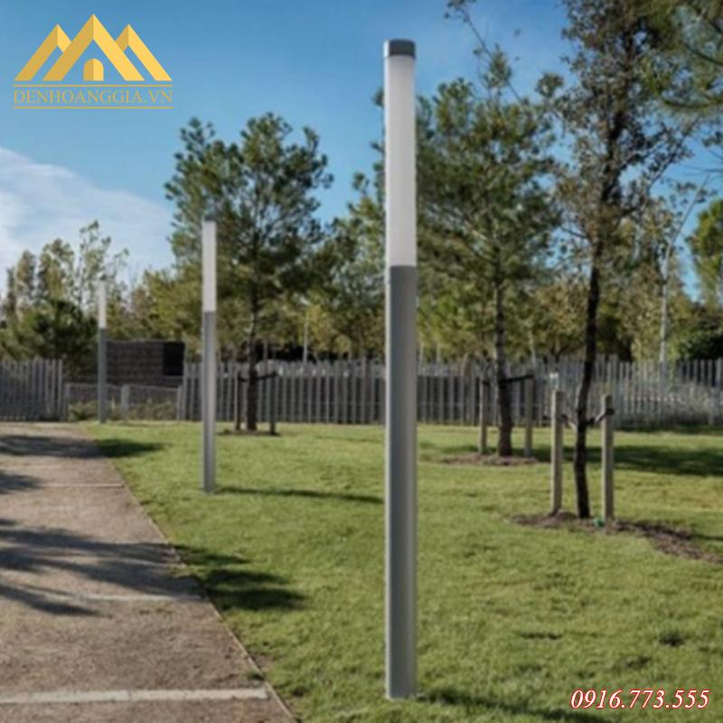 Ứng dụng đèn trụ sân vườn Rolux-TSV31