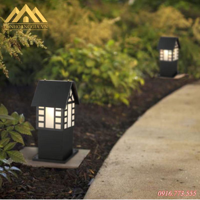 Ứng dụng đèn trụ sân vườn Rolux-TSV52 trong thực tế