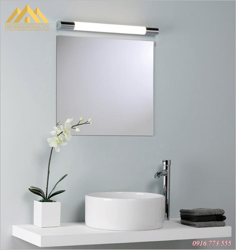 Đèn led soi gương lắp đặt ở trong phòng tắm