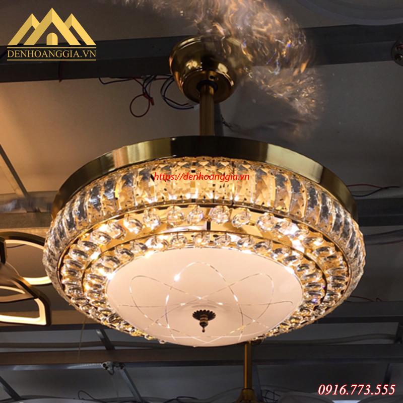 Quạt trần đèn trang trí HGA-QTD-9008