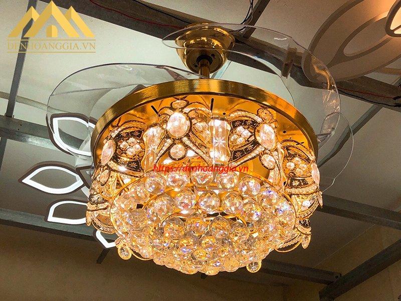 Quạt trần đèn trang trí HGA-QTD-9009