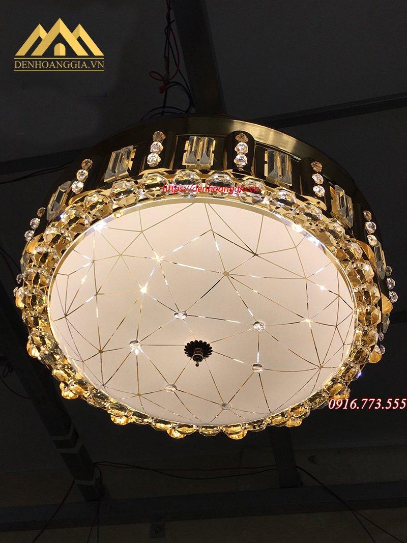 Quạt trần đèn trang trí HGA-QTD-9052
