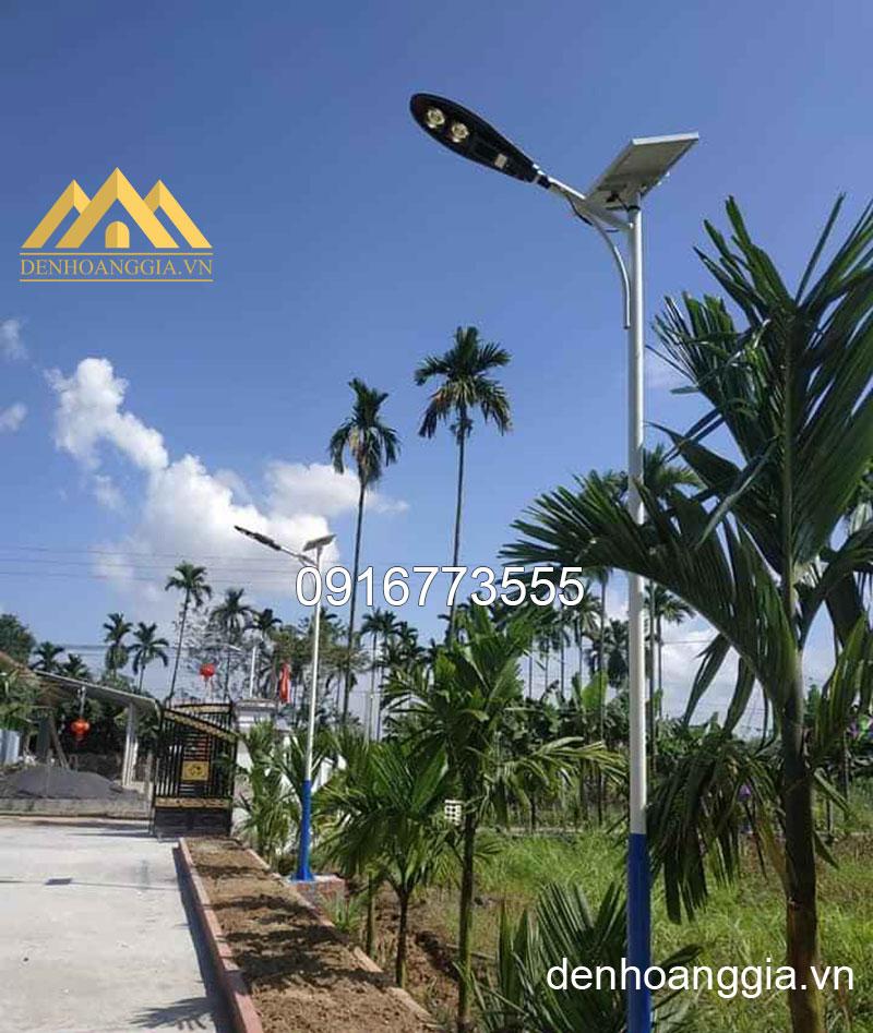 Lắp đặt đèn led sạc năng lượng mặt trời xung quanh các khu nghỉ dưỡng
