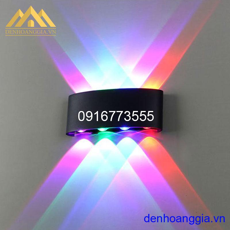 Đèn tường led 8w ngoài trời vỏ đen Rolux-DTD4M18