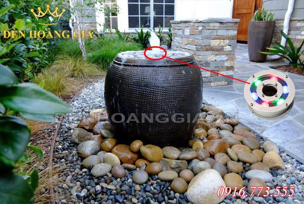 Đài phun nước mini từ bình gốm (Mẫu 1)