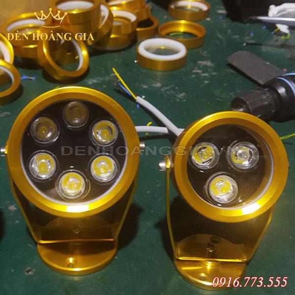 Mặt trước Bộ đôi Đèn led chiếu cây ly vàng và 6w
