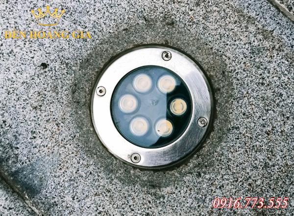 Đèn led âm sàn bê tông 6w được sử dụng phổ biến để chiếu sáng ngoài trời